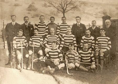 For the 1908 team the players are: back row, L to R: W McD Fraser, W Carmichael, M (for Mungo) Sinclair, A McArthur, T McArthur, J McLachlan, A McEwen, C Oberbeck: middle row, L to R: D Morrison, E McLaren, E Smith, A Sinclair (captain), A McNicol, J Montgomery: front row (crouching), L to R: D McNiven, D McLachlan, C McLaren.